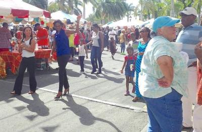 The crowd gets into Food Fair