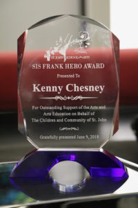 The Sis Frank Hero Award was presented to Chesney before the concert. (Photo by William Stelzer)
