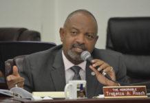 Sen. Tregenza Roach questions Gov. Mapp's finance team. (Photo by Barry Leerdam, V.I. Legislature)