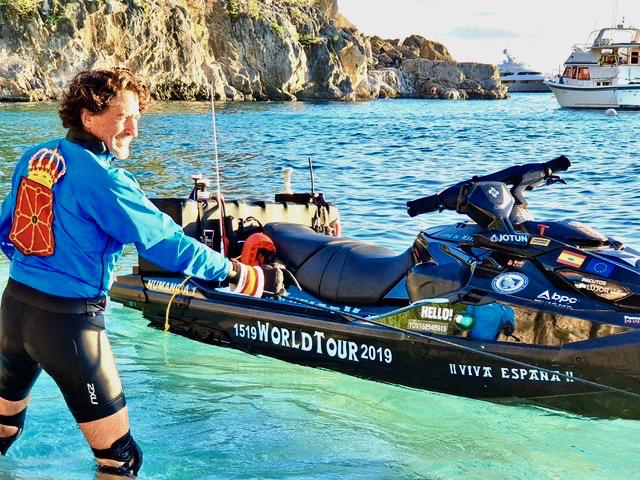 Álvaro de Marichalar Tours World by Water Scooter, Stops on STX