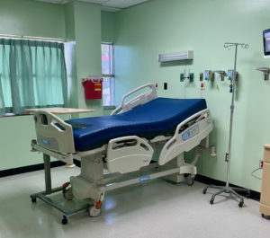 A room in the new ICU in the Juan Luis Hospital. (Photo by JFL)