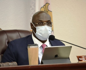 Committee of the Whole Chairman Novelle Francis Jr. leads Wednesday's Senate meeting while wearing his protective mask. (Photo by Barry Leerdam for the V.I. Legislature)