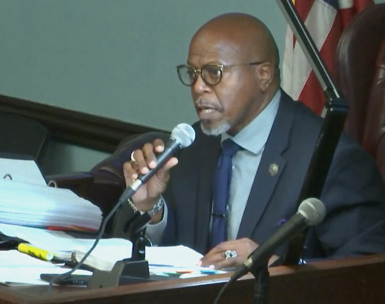 Senate Hearing on Rezoning of Lovango Cay Ends with Uncertainty