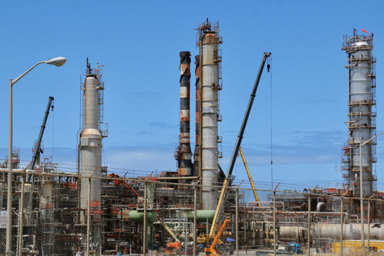 More Refinery Fumes, School Closings Raise Cries for Straight Answers