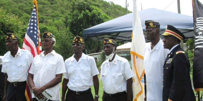 Coral Bay Ceremony Pays Tribute to Johnians Who Served