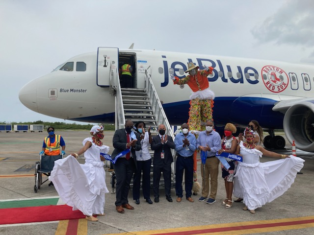 Inaugural JetBlue Flight from Newark Receives a Warm Welcome in STT