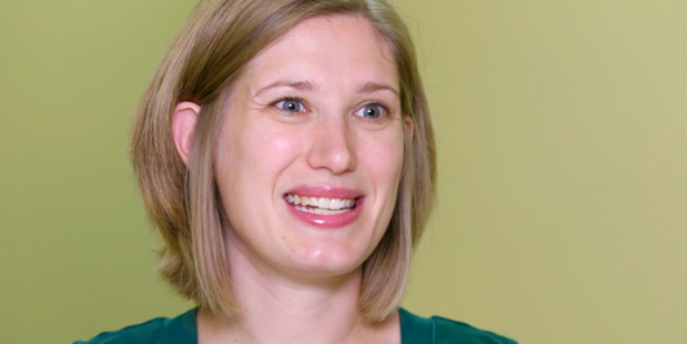 CDC Doctor Urges Pregnant Women to Get Vaccinated Against COVID-19
